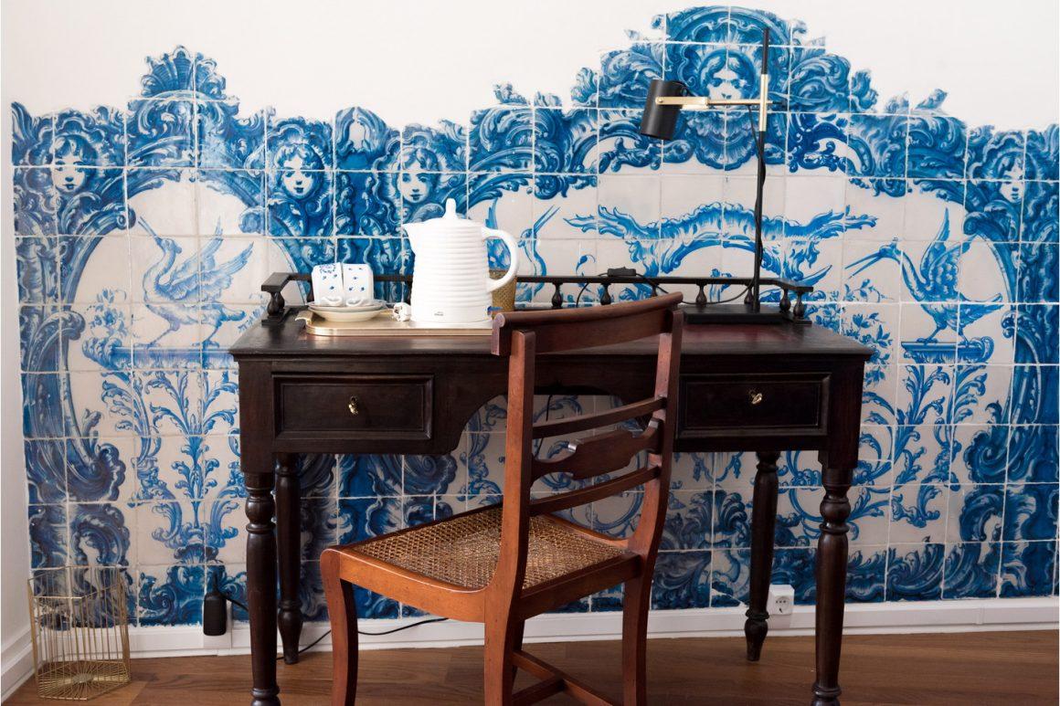 Queen Suite – Portuguese Tile Suite
