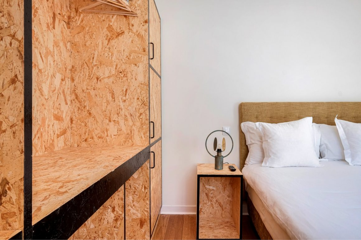 Double Rooms with Balcony – Lisbon Streets Rooms